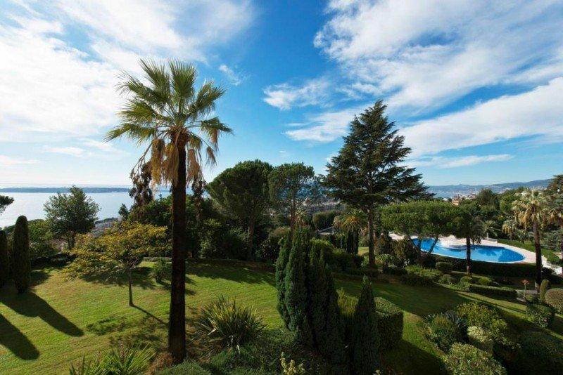 cannes californie appartement 4 pi ces luxe vue mer et piscine annonce vente. Black Bedroom Furniture Sets. Home Design Ideas